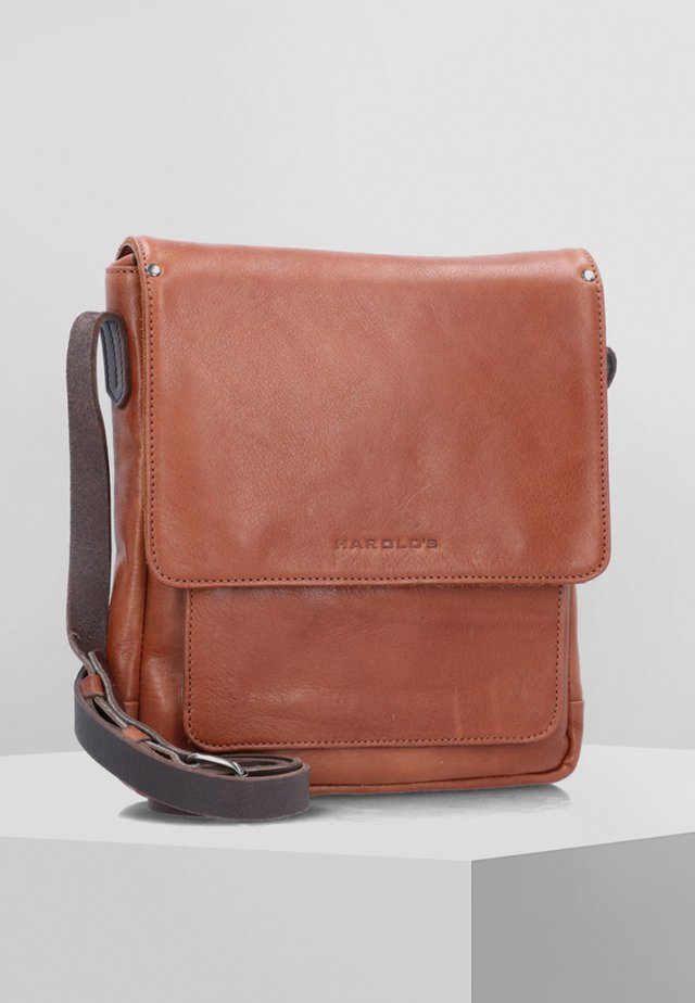 Across body bag - cognac brown