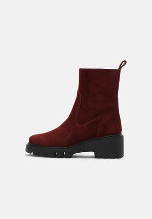 JOFO - Kotníkové boty na platformě - pinot