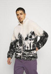 Jaded London - WOLF SCENE BORG JACKET - Winter jacket - ecru/dark grey - 0