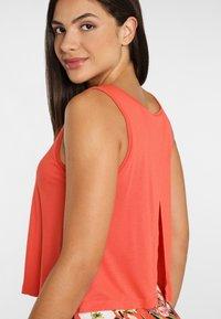 s.Oliver - Maxi dress - koralle-bedruckt - 4