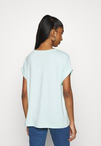 ONLY - ONLMOSTER ONECK - Basic T-shirt - honeydew - 2