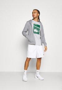 Lacoste Sport - TECH HOODIE - Zip-up sweatshirt - silver chine/elephant grey - 1