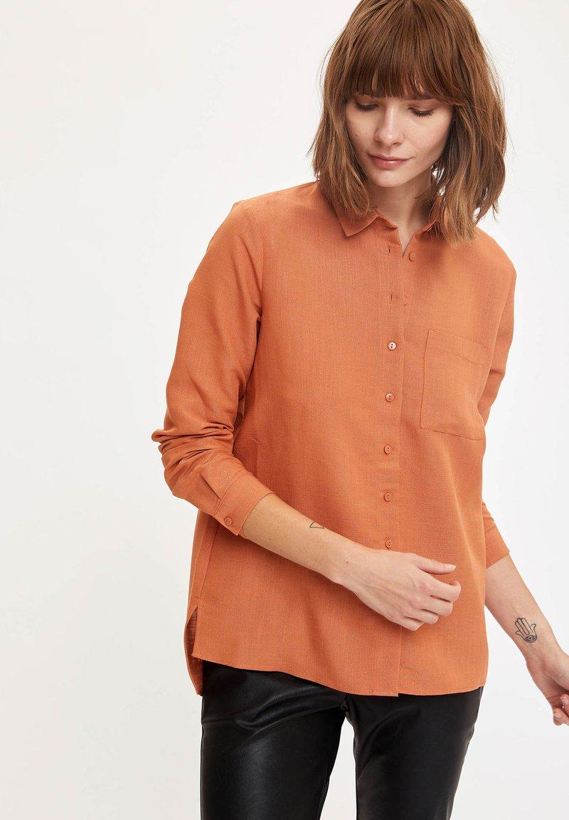 DeFacto - Button-down blouse - orange
