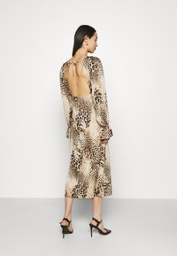 Missguided - PEN BACK MIDI DRESS  - Day dress - brown - 2