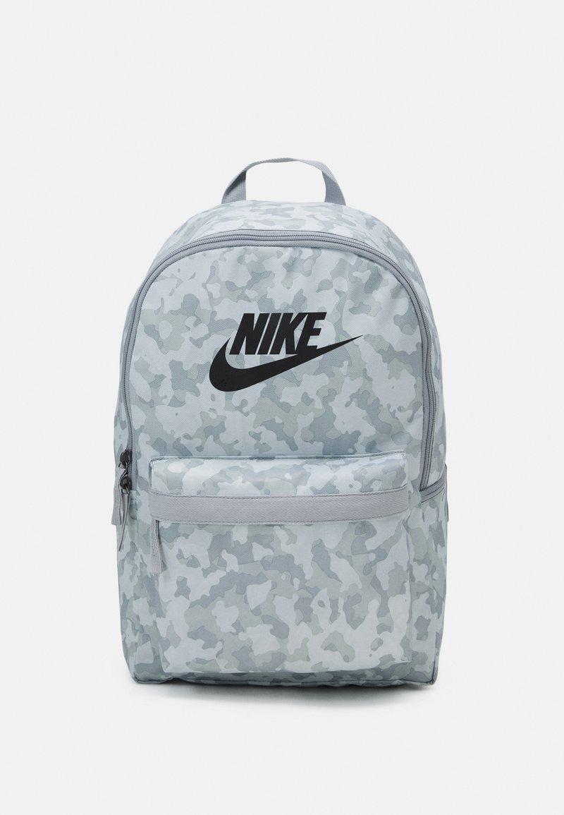 Nike Sportswear - HERITAGE UNISEX - Rucksack - summit white/light smoke grey/black