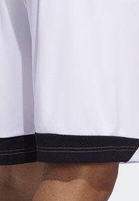 adidas Performance - CREATOR 365 SHORTS - Sports shorts - white/black - 4