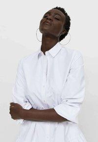 Stradivarius - POPELIN - Shirt dress - white - 3