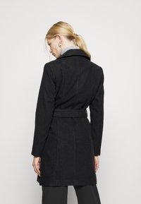 ONLY - ONLOLIVIA LONG BIKER COAT - Zimní kabát - black - 2