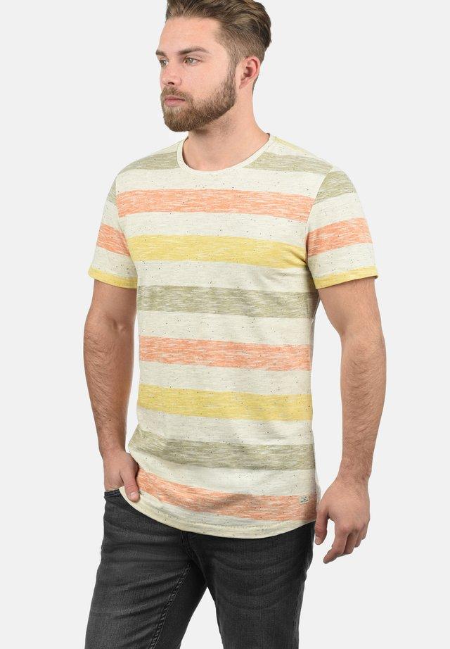 EFKIN - Print T-shirt - orange