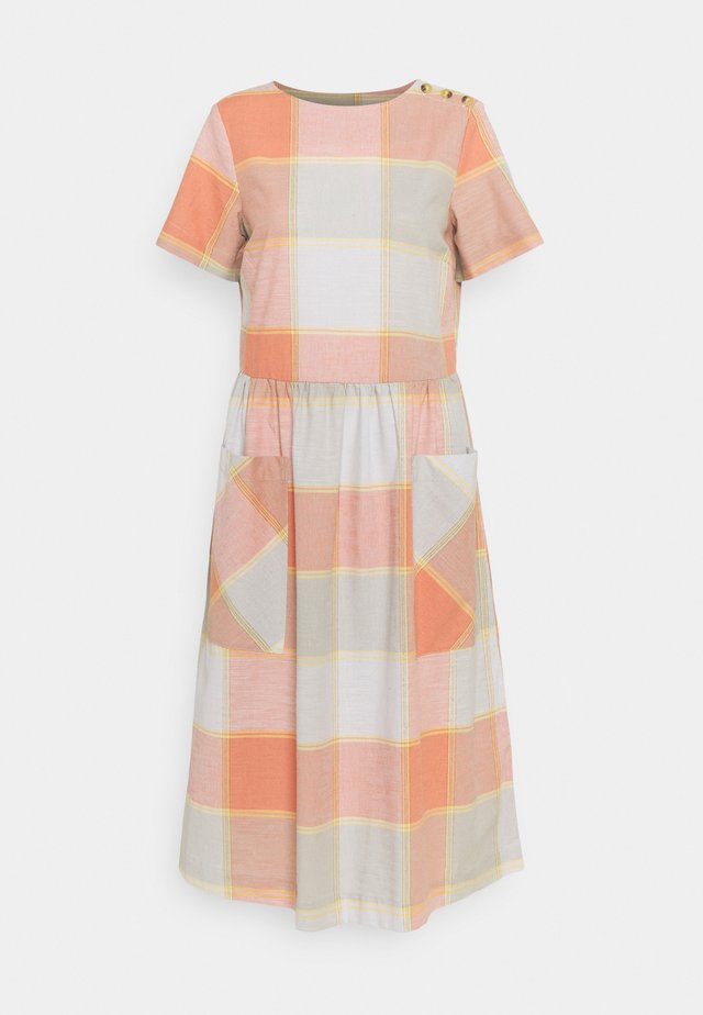 ALEXA CHECK DRESS - Day dress - clementine orange