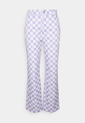 CHECK PANTS - Pantalon classique - lavender/beige