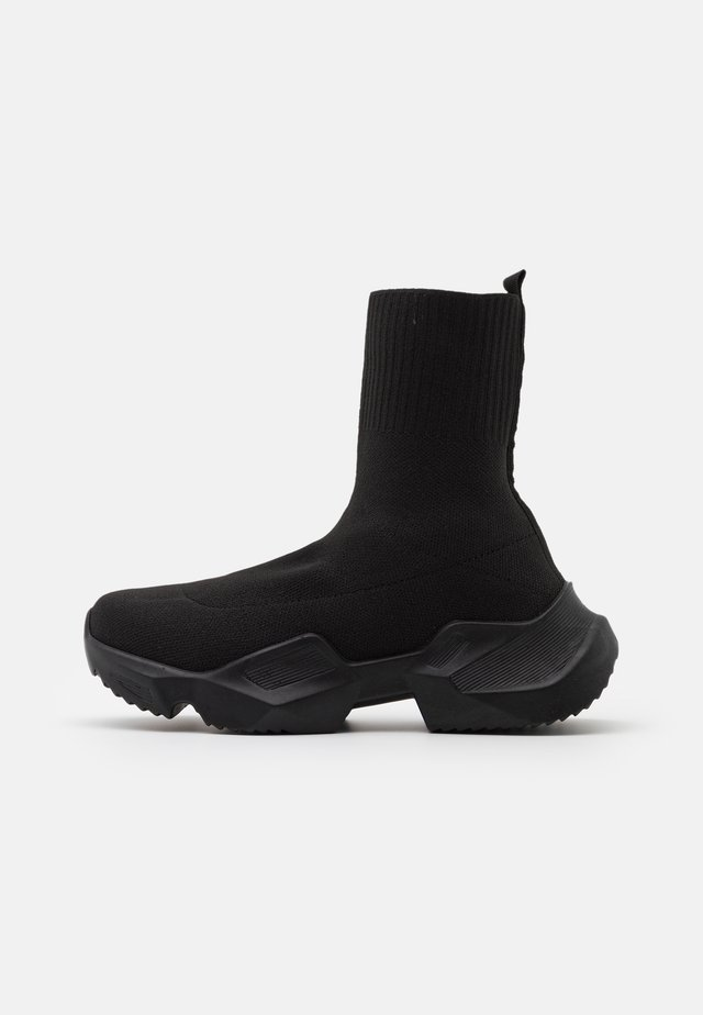CHUNKY SOCK RUNNER - Zapatillas altas - black