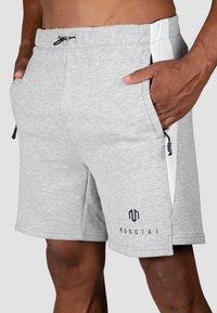 MOROTAI - KURZE  NEOTECH  - Sports shorts - hellgrau - 3