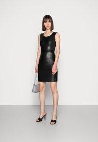 Calvin Klein - SCOOP NECK DRESS - Sukienka etui - black - 1