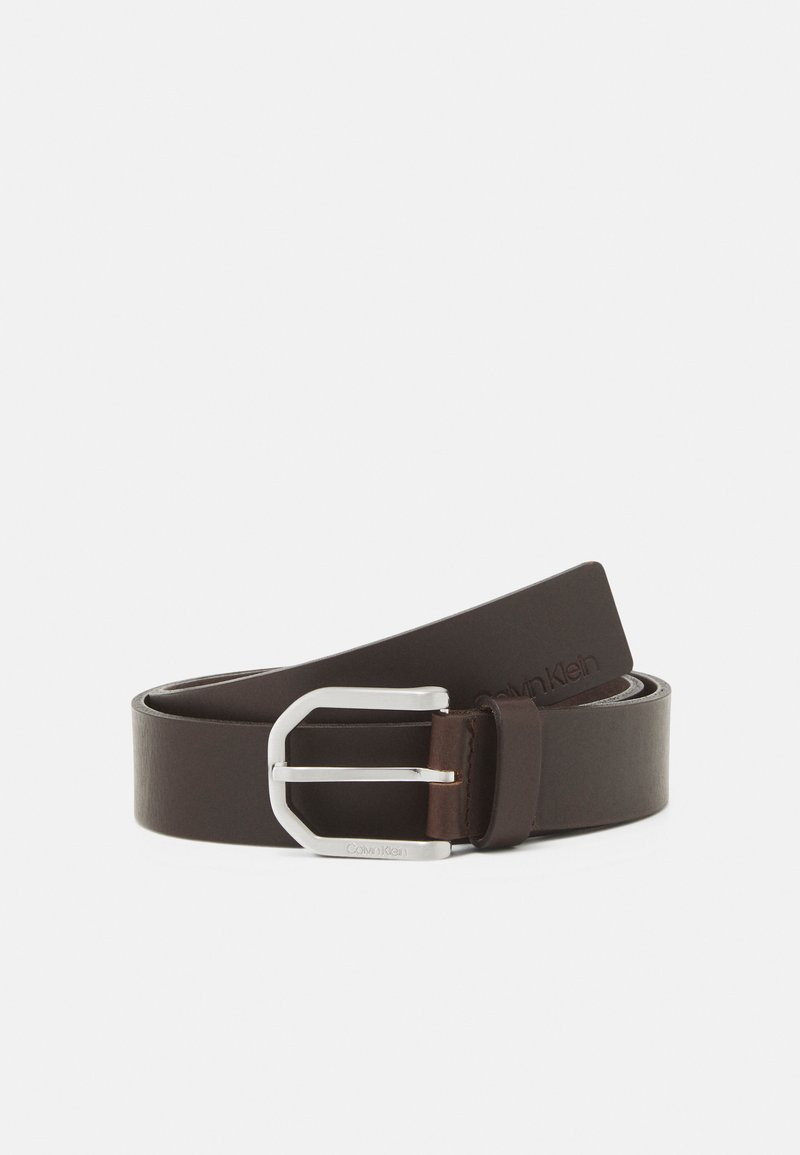 Calvin Klein - ESSENTIAL PLUS FACETED - Belt - brown