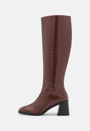 POLLY BOOT VEGAN - Laarzen - brown dark