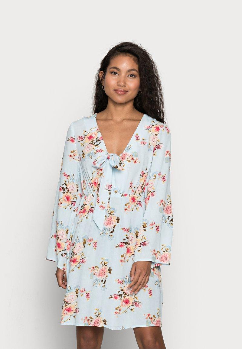 VILA PETITE - VIMESA SHORT DRESS PETITE - Day dress - cashmere blue