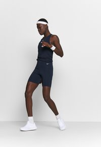 Nike Performance - ONE SHORT - Trikoot - obsidian/white - 1