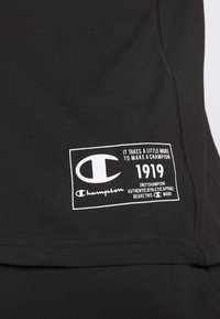 Champion - LEGACY TRAINING CREWNECK - Triko s potiskem - black - 5