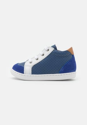 BOUBA ZIP BOX - Baby shoes - denim/white