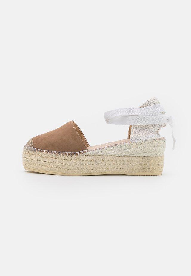 JAVA  - Sandály na platformě - taupe