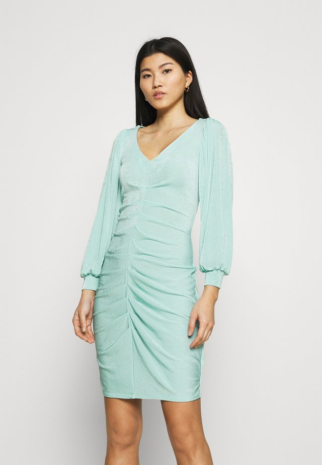PLEATED FRONT PENCIL DRESS - Robe fourreau - mint