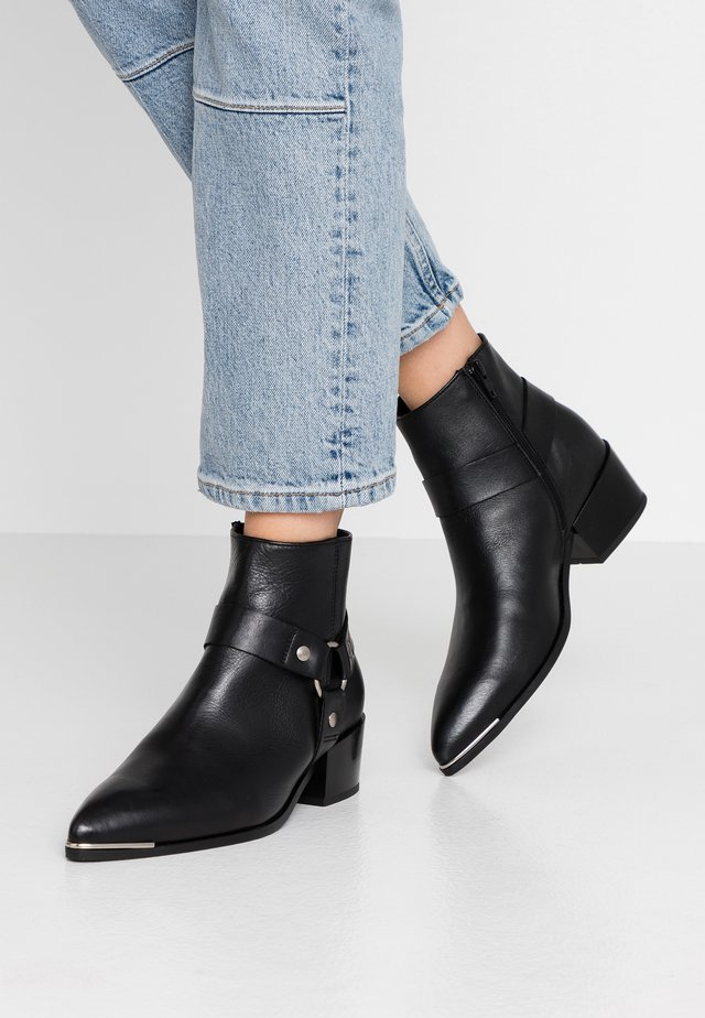 BLAKE - Cowboy/biker ankle boot - black
