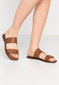 Vero Moda - VMFILO  - Pantofle - brown - 0