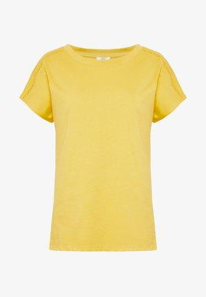 BANDANASCAF - Print T-shirt - yellow