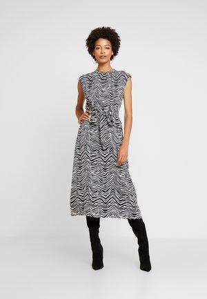 CAP BELTED ZEBRA PEAKS DRESS - Day dress - rich black