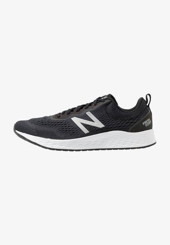 FRESH FOAM ARISHI V3 - Neutral running shoes - black