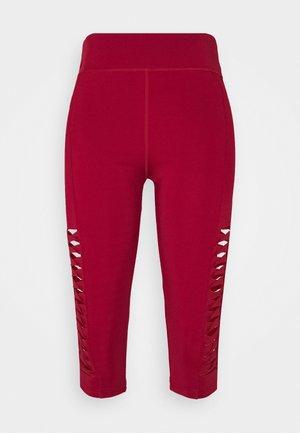 Pantaloncini 3/4 - dark red