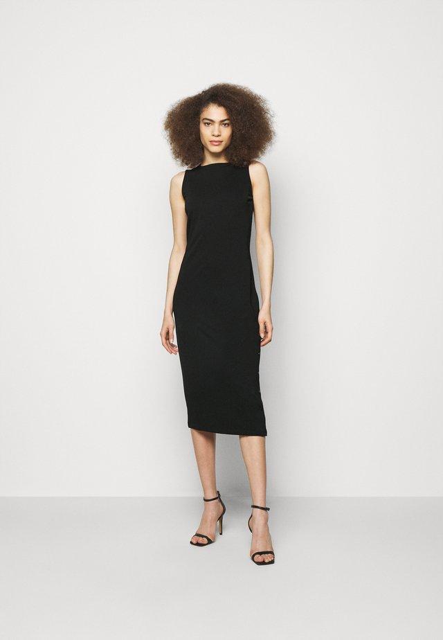 SNAP DRESS - Sukienka z dżerseju - black