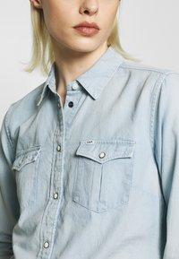 Lee - REGULAR WESTERN SHIRT - Skjorte - summer blue - 3