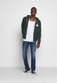 Pepe Jeans - CASH 5 PKT - Džíny Slim Fit - denim - 1