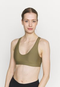 Roxy - HEROS  - Medium support sports bra - covert green - 3