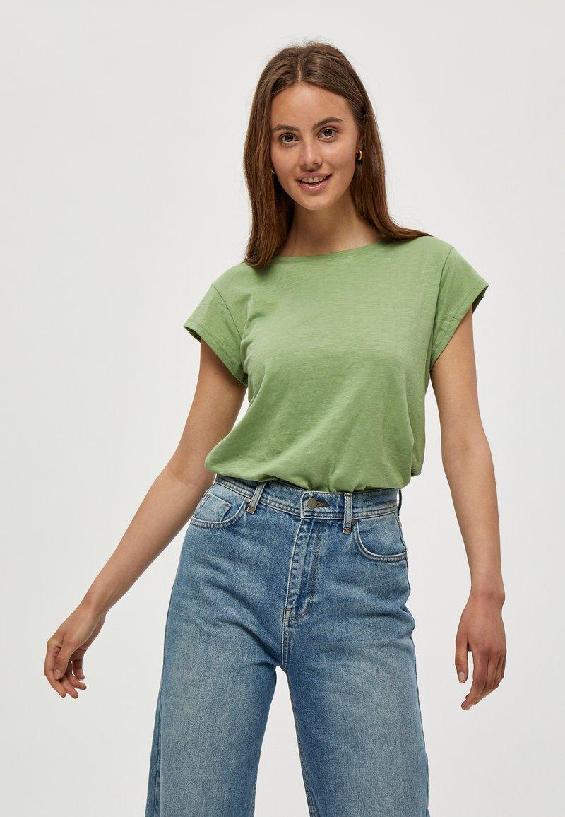 Minus - LETI - Basic T-shirt - pistachio
