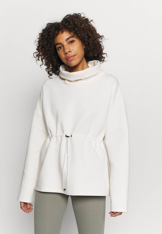 BARTON - Sweater - eggnog