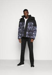 Calvin Klein Jeans - CLOUD PUFFER - Winter jacket - black - 1