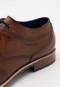 Bugatti - LICIO - Smart lace-ups - cognac - 5
