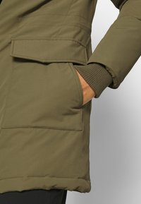Tommy Jeans - TECHNICAL  - Down coat - olive tree - 5
