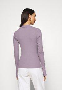 Weekday - VERA MOCKNECK - Long sleeved top - lilac - 2
