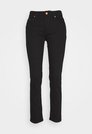 RAE TRUE - Slim fit jeans - black