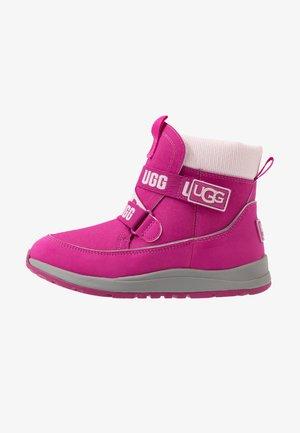 TABOR WP - Winter boots - fuchsia