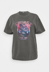 Missguided Plus - SAVAGE SNAKE - Print T-shirt - charcoal - 0