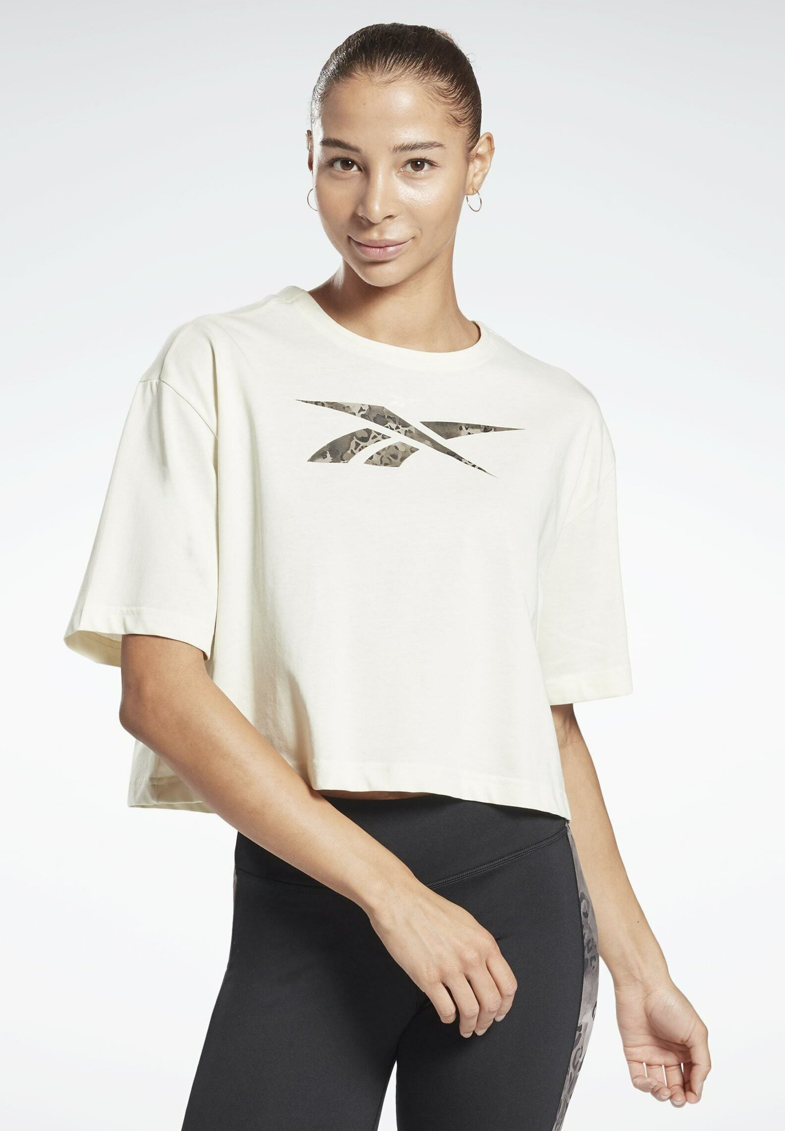 Women GRAPHIC LEOPARD ONE SERIES WORKOUT - Print T-shirt