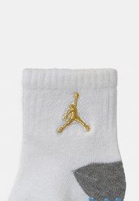 Jordan - CEMENT GRIP 3 PACK UNISEX - Sports socks - university blue - 2