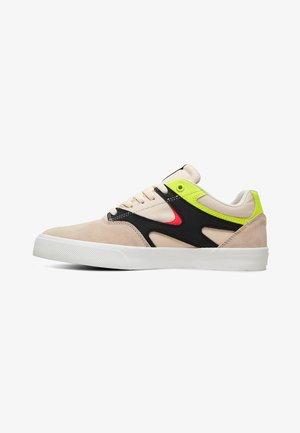KALIS VULC - Skateschuh - fluorescent pink/white