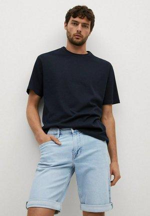 Denim shorts - azul claro
