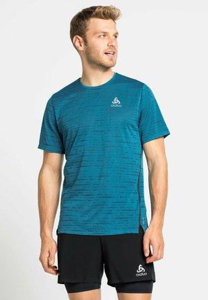ZEROWEIGHT ENGINEERED CHILL-TEC - Print T-shirt - mykonos blue melange